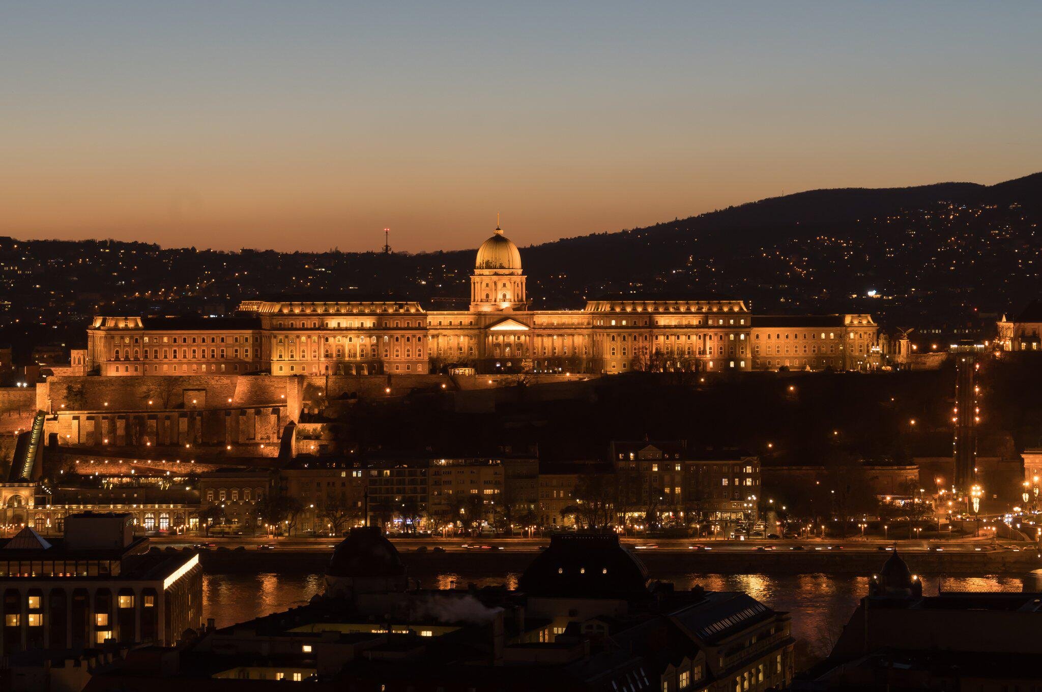 Bild zu Burgpalast in Budapest