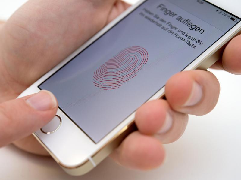 Bild zu Fingerabdruckscanner