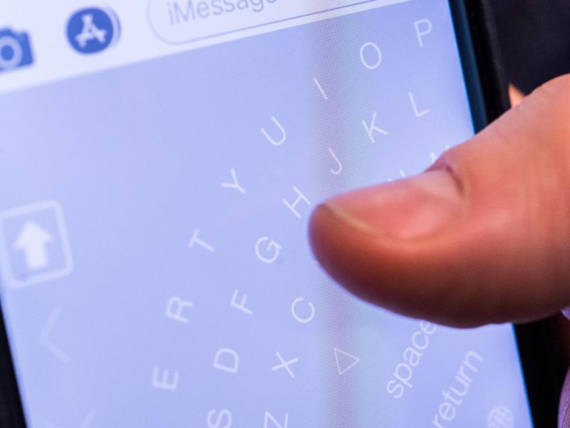 Bild zu Tastatur eines Smartphones