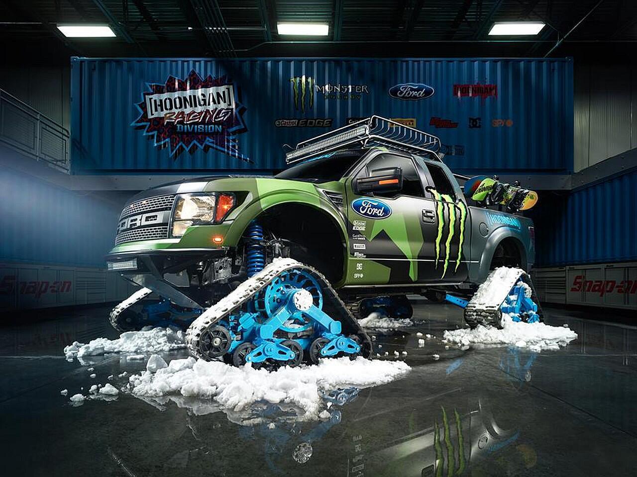 Bild zu Ford F-150 Raptor TRAX: Das schnellste Schneemobil der Welt?