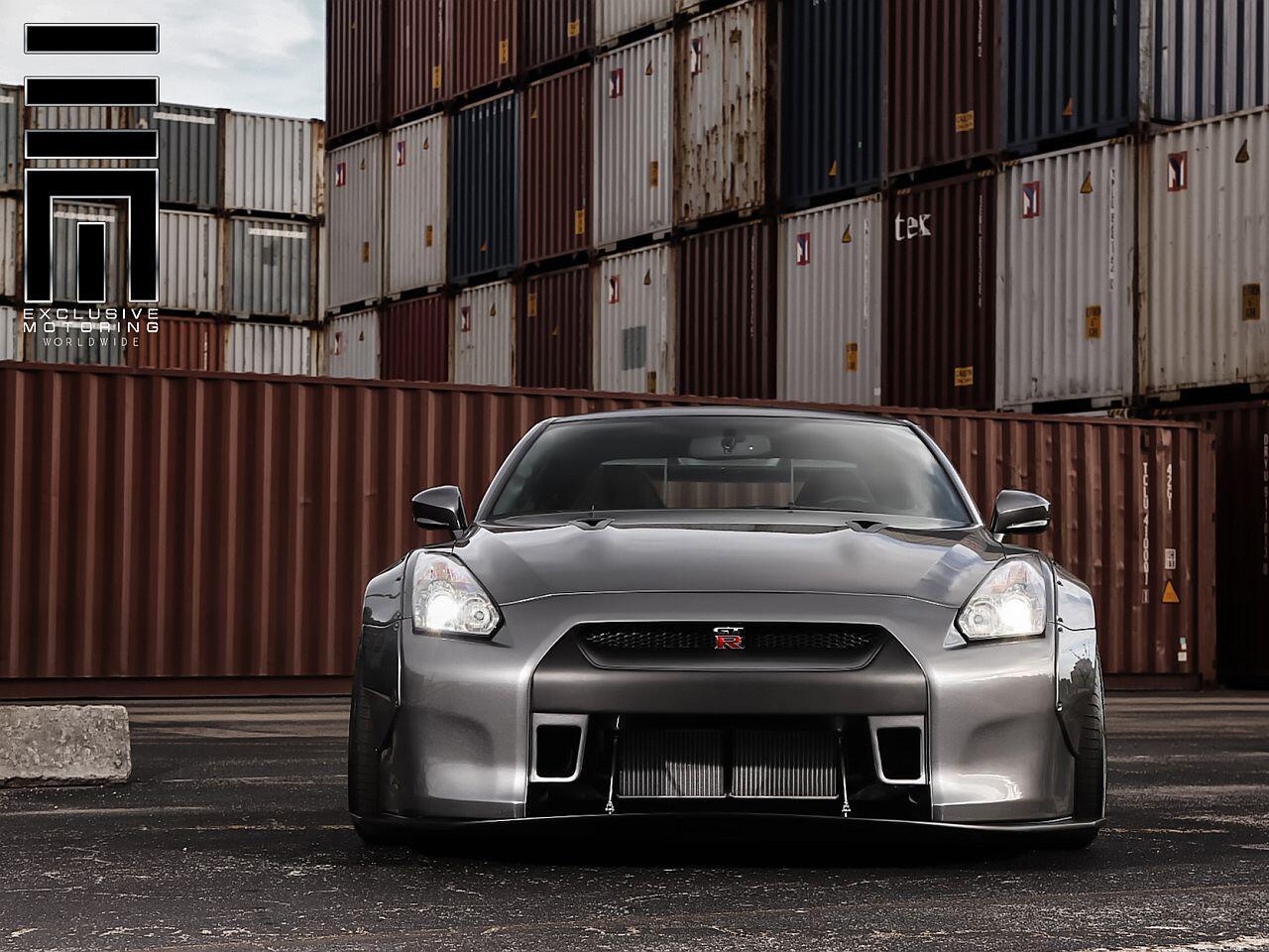 Bild zu Nissan GT-R mit Monster-Breitbau