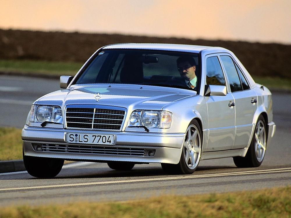 Bild zu Platz 9: Mercedes-Benz E 500 (W124)