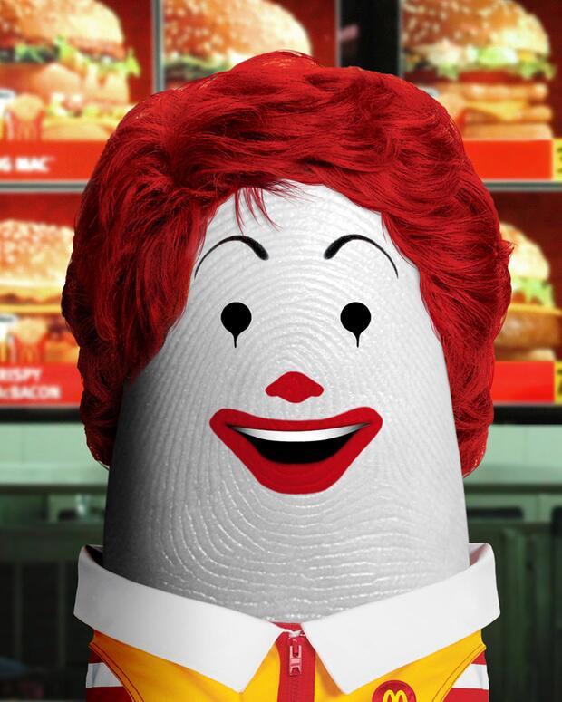 Bild zu Ronald McDonald als Daumen