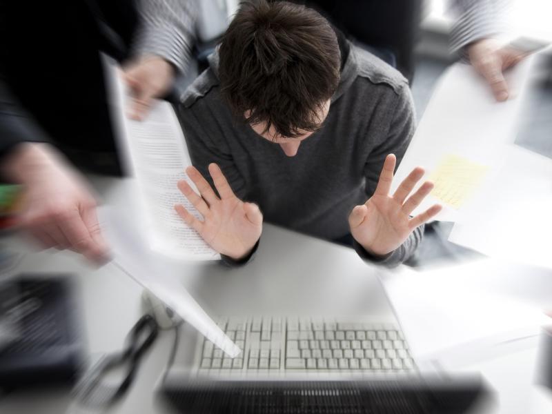 Bild zu Weniger Stress dank guter Führungsqualitäten