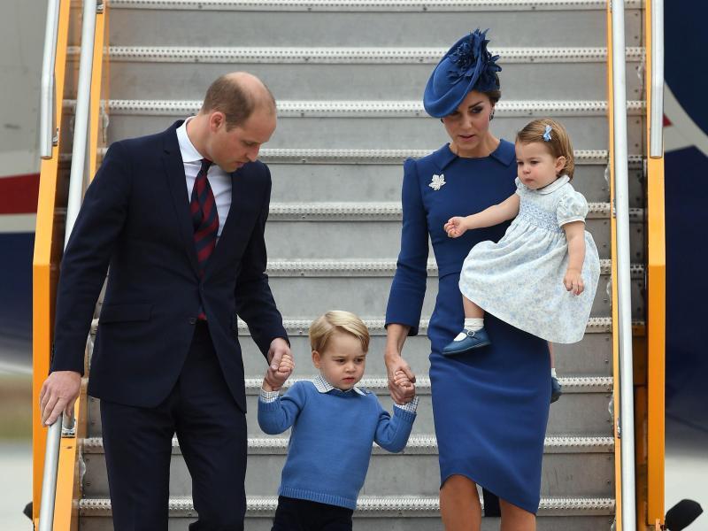 Bild zu Prinz William und Familie
