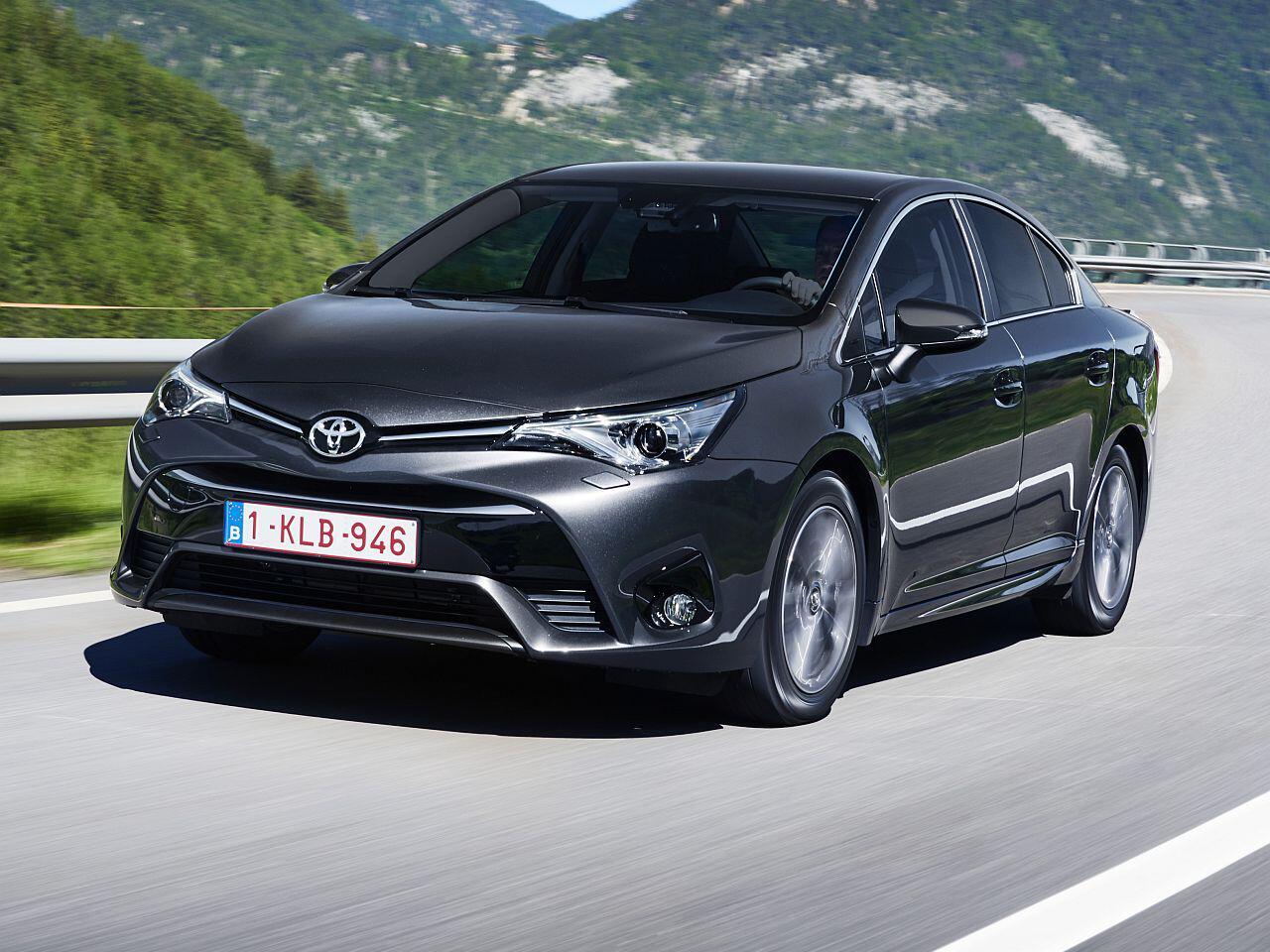 Bild zu Toyota Avensis Limousine