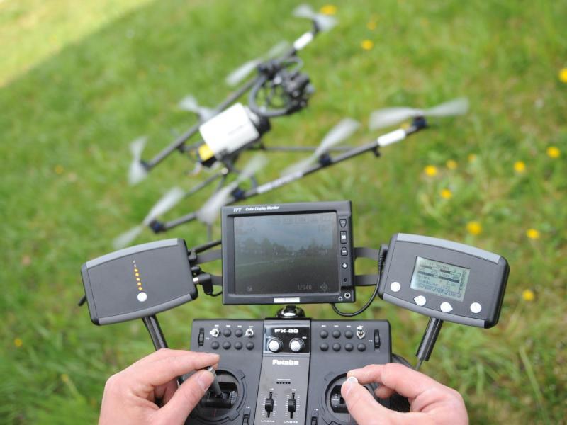 Bild zu Drohne