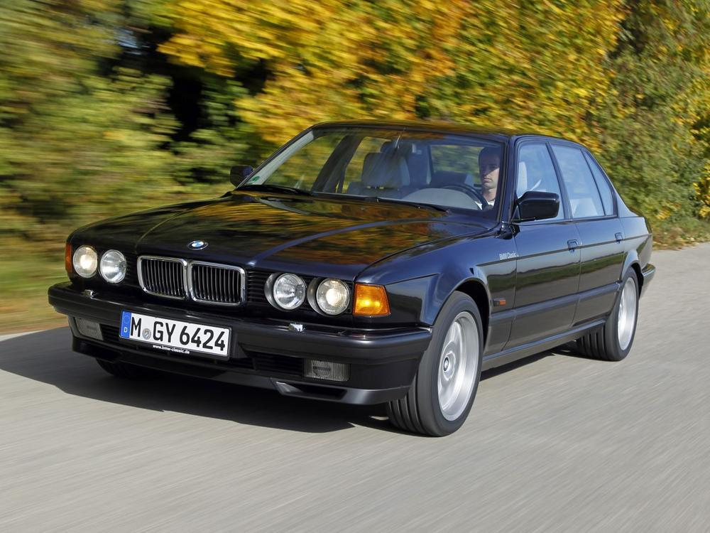 Bild zu Platz 3: BMW 730i/750i (E32)