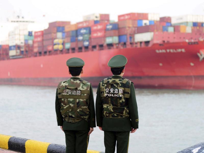 Bild zu Im Hafen von Qingdao