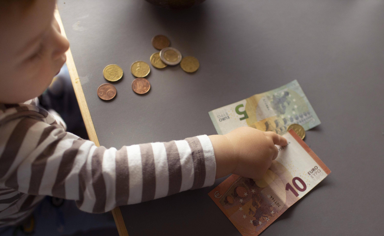 Bild zu Kinder, Geld