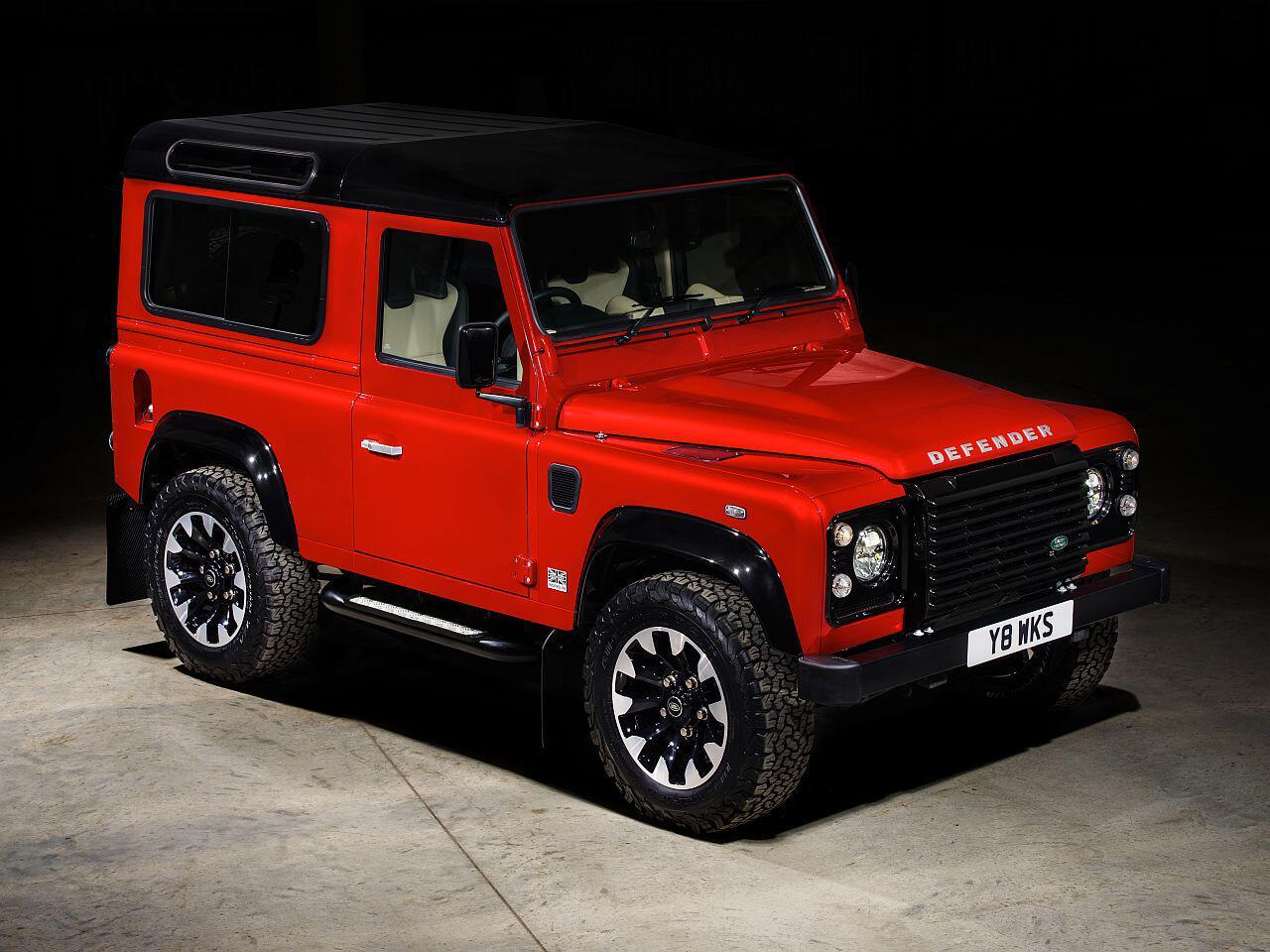 Bild zu Land Rover Defender Works V8