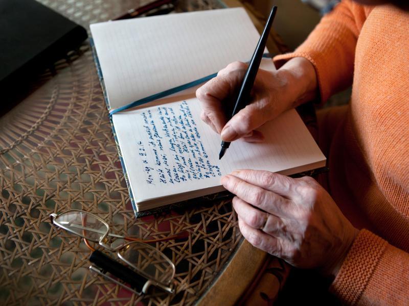 Bild zu Schreiben gegen die Einsamkeit