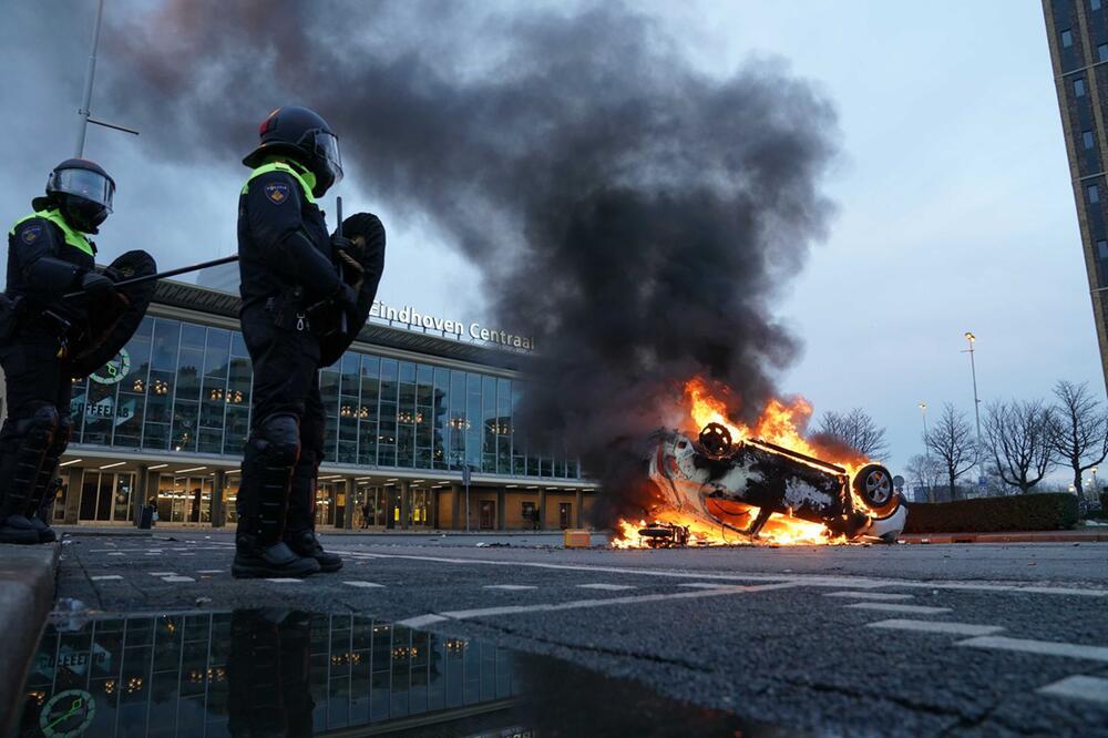 Coronavirus - Proteste in den Niederlanden