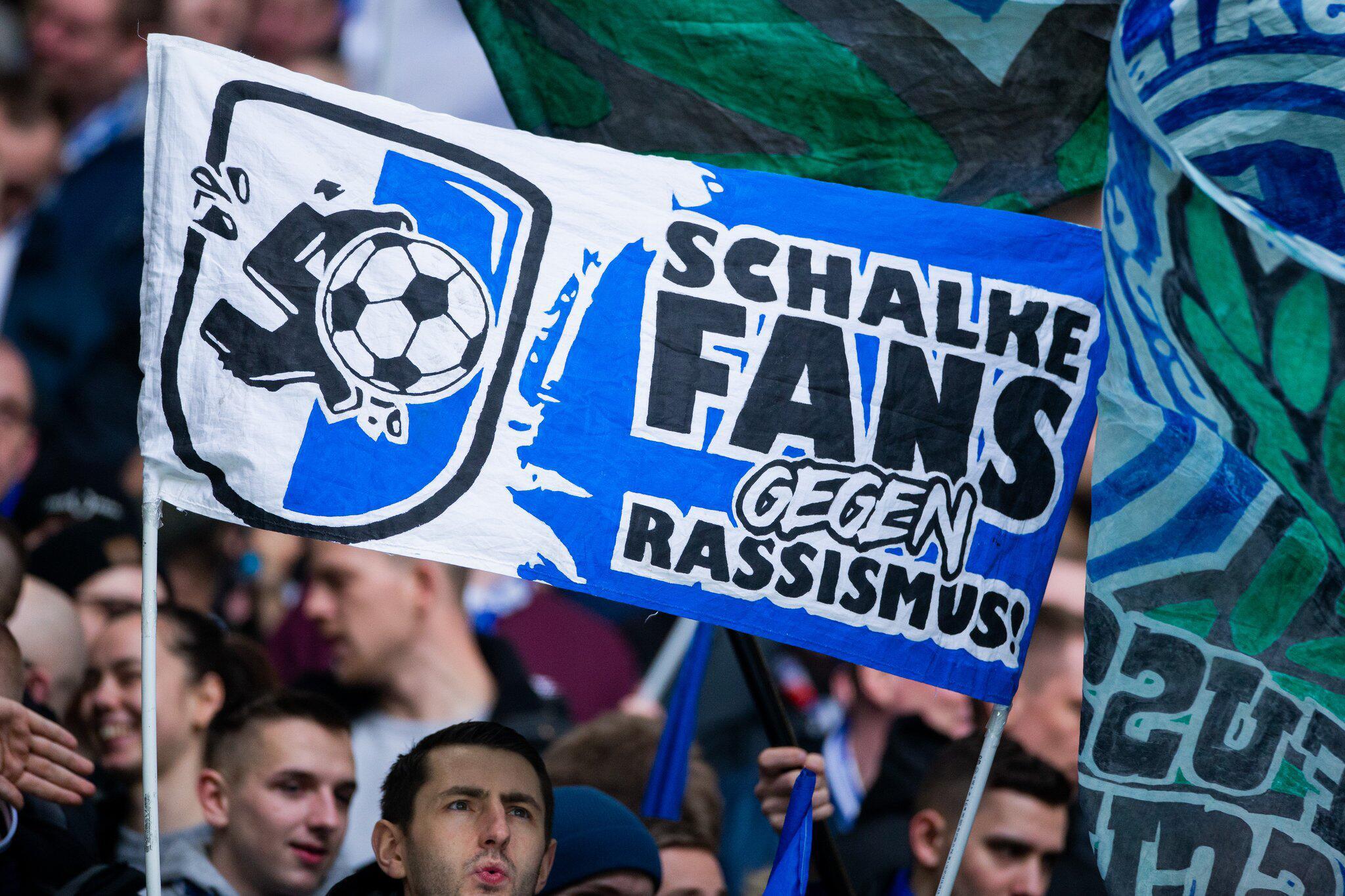 Bild zu FC Schalke 04 - SC Paderborn 07