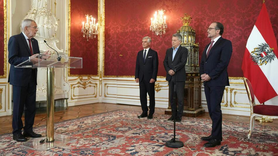 Vereidigung von Österreichs neuen Kanzler Schallenberg