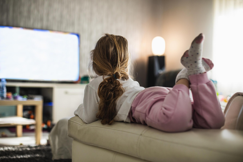 Bild zu Kinder, fernsehen, Corona, Lockdown