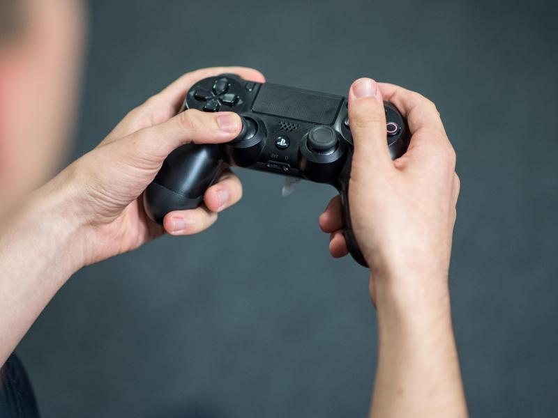 Bild zu Gamer