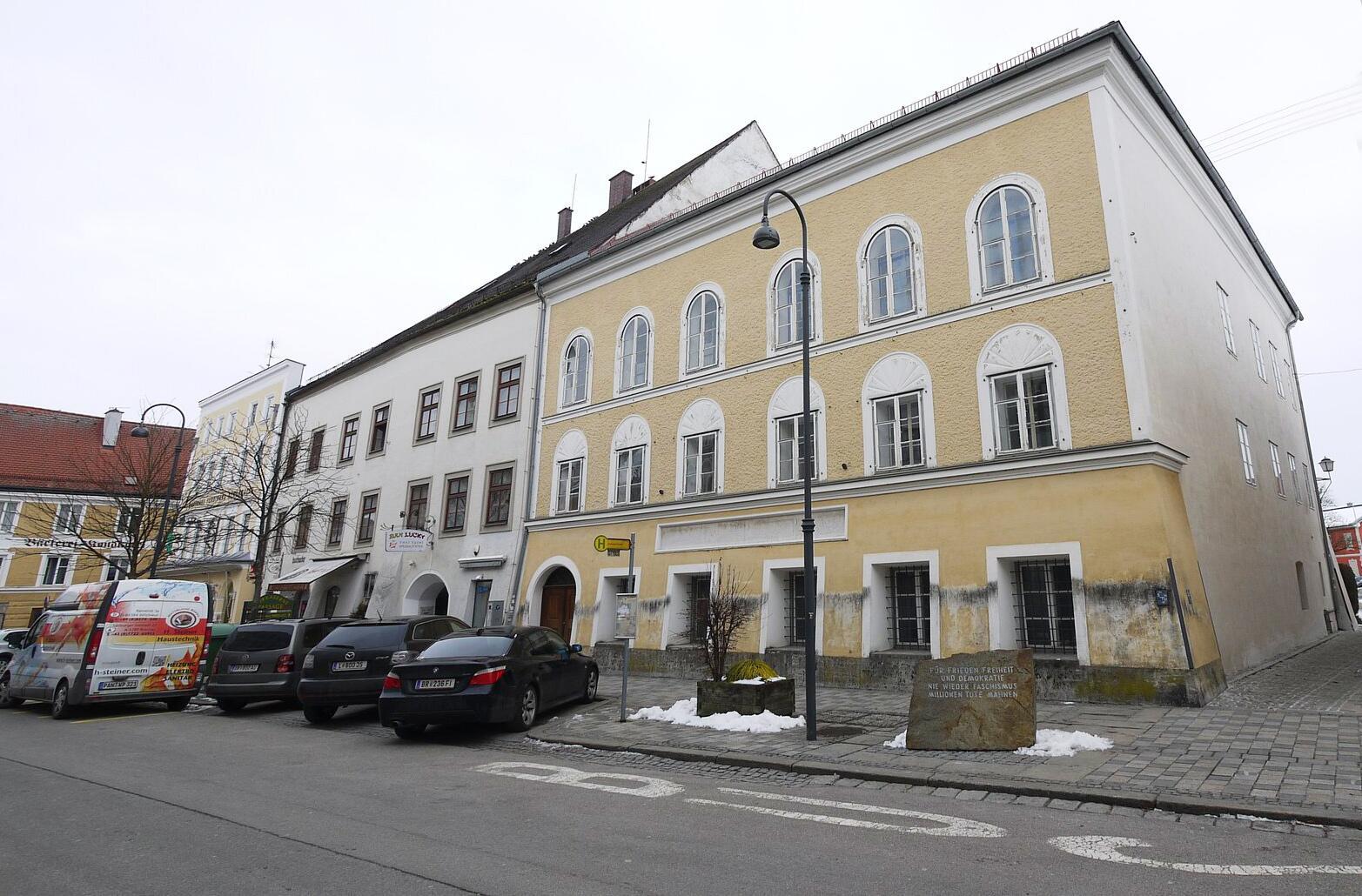Bild zu Hitler-Haus in Braunau, Österreich