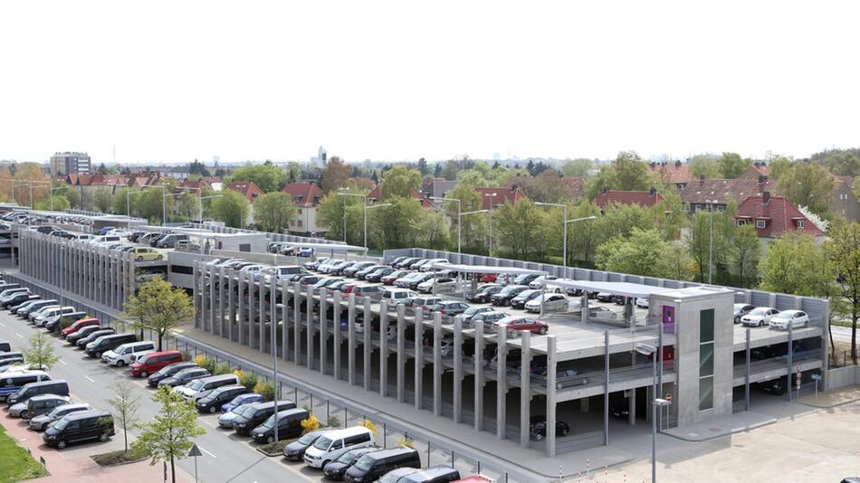 Nicht auf jedem Parkplatz gilt die StVO