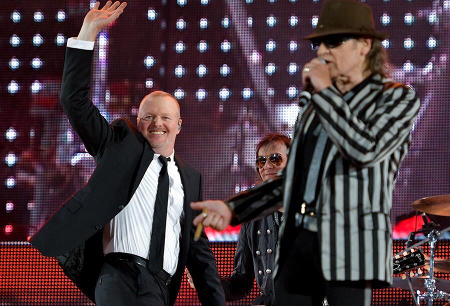 Bild zu Stefan Raab und Udo Lindenberg auf der Bühne
