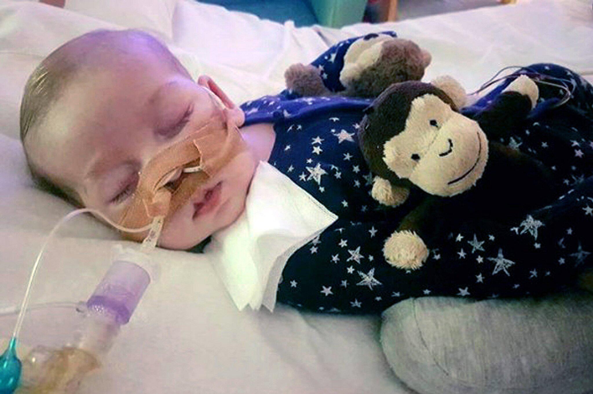 Bild zu Britisches Baby Charlie gestorben