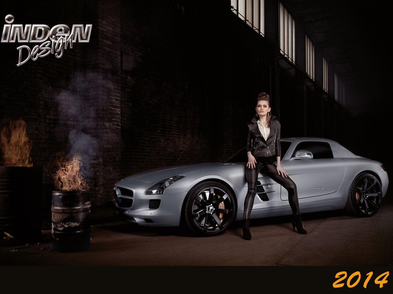 Bild zu Rockerbraut auf einem Mercedes SLS: Eine äußerst explosive Mischung