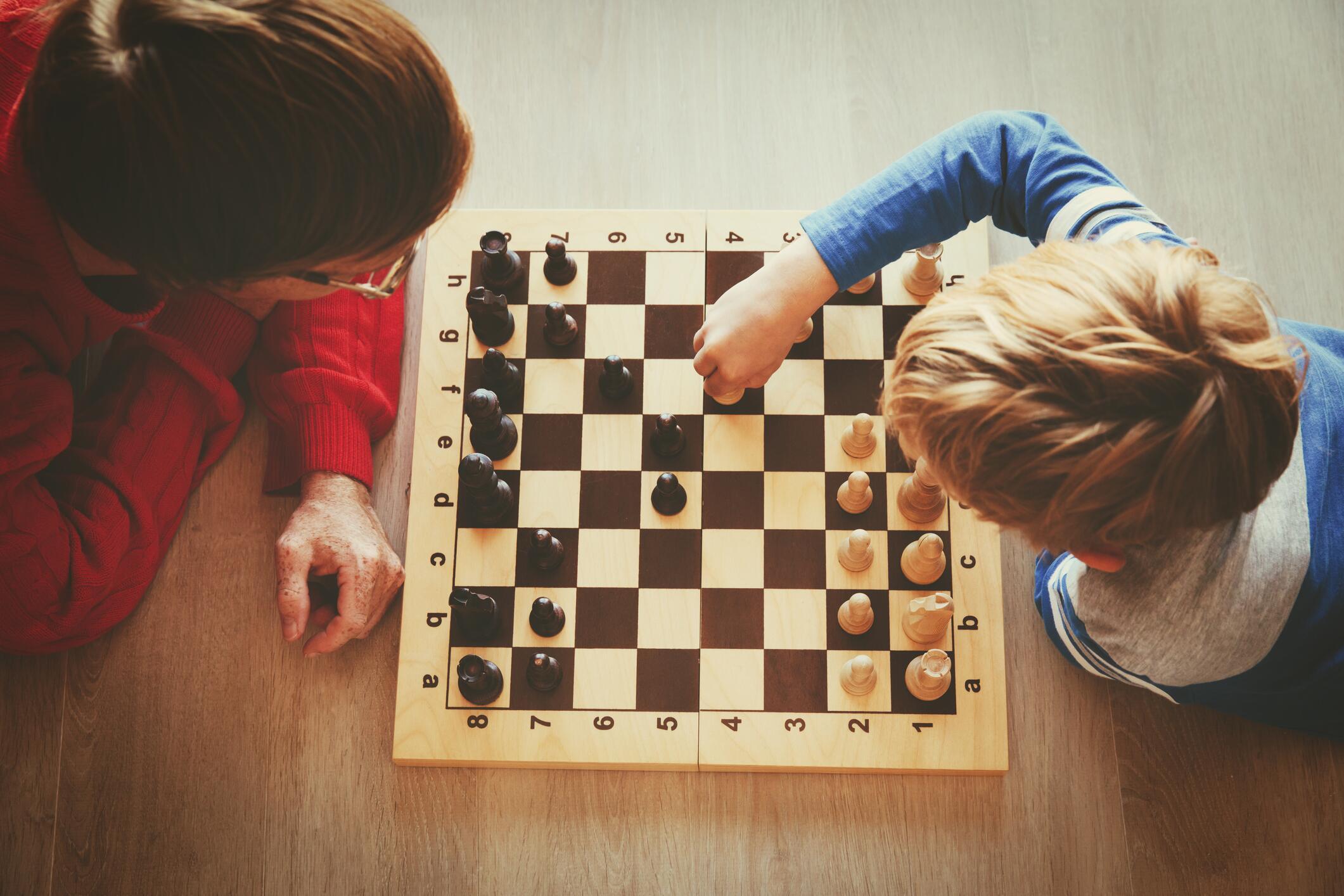 Die besten (Brett-)Spiele, die Kinder spielend fördern | WEB.DE