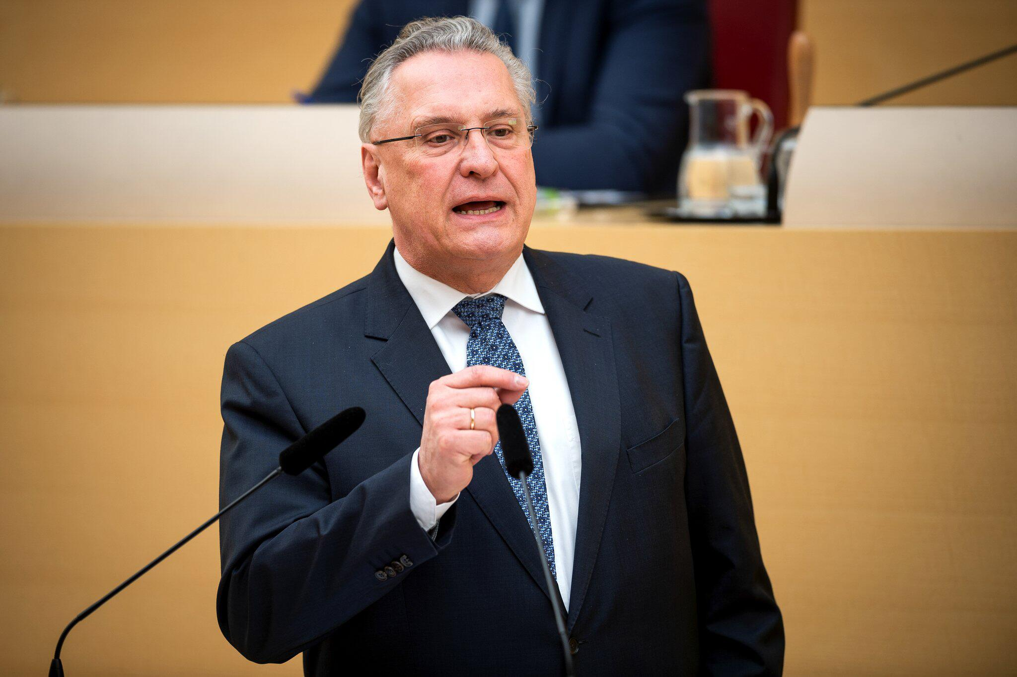 Bild zu Bayerischer Landtag, Landtag, Joachim Herrmann, Plenarsaal, Innenminister, CSU
