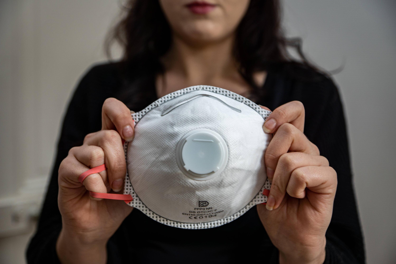 Bild zu Atemschutzmaske