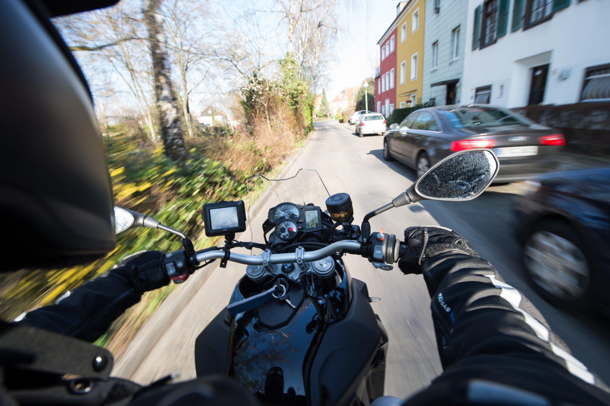 Bild zu Autofahrer sollen auch leichte Motorräder fahren dürfen