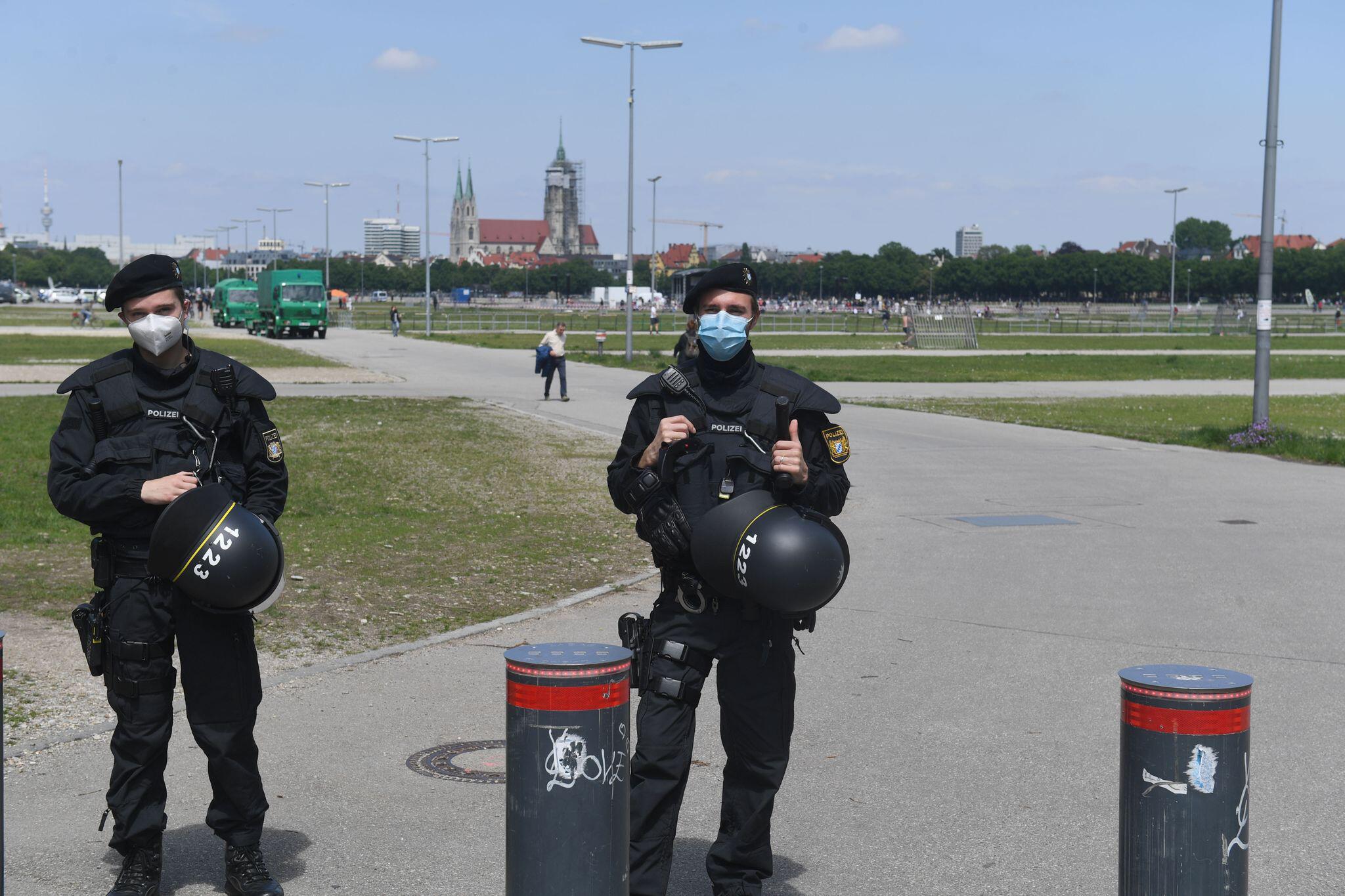 Bild zu Coronavirus - München - Demonstrationen
