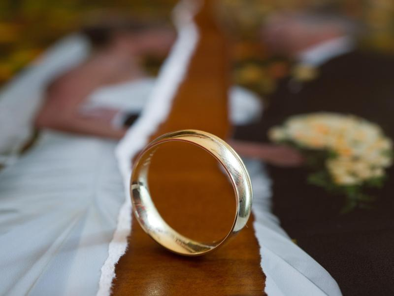 Bild zu Verträge nach Scheidung prüfen
