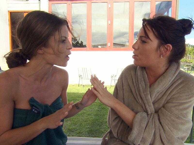 Bild zu Alissa und Sarah - Zickenkrieg
