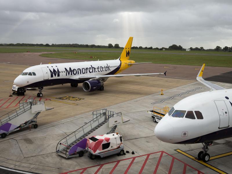 Bild zu Flugzeuge der Monarch Airlines