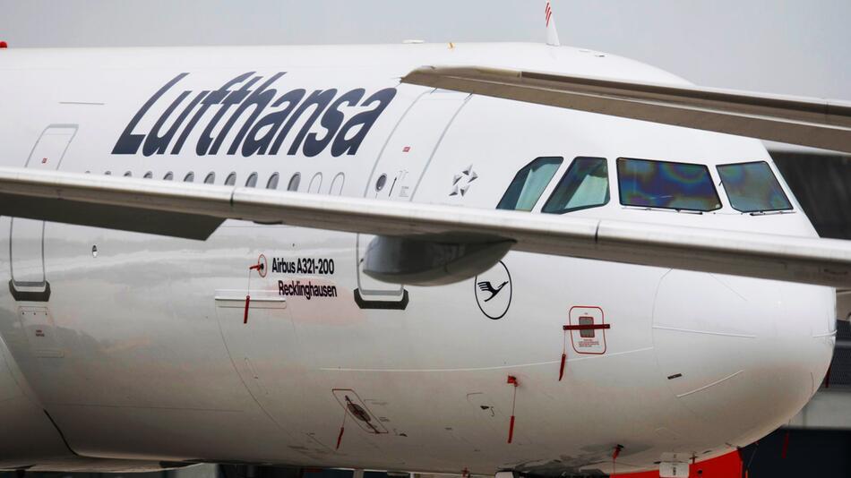 Lufthansa, Flugzeug