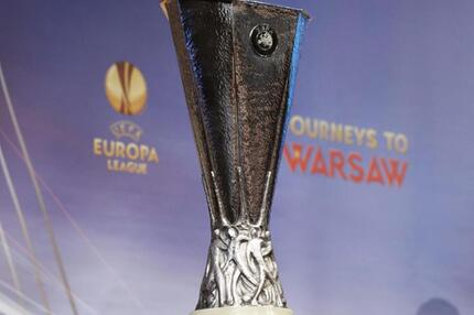 Europa-League-Pokal
