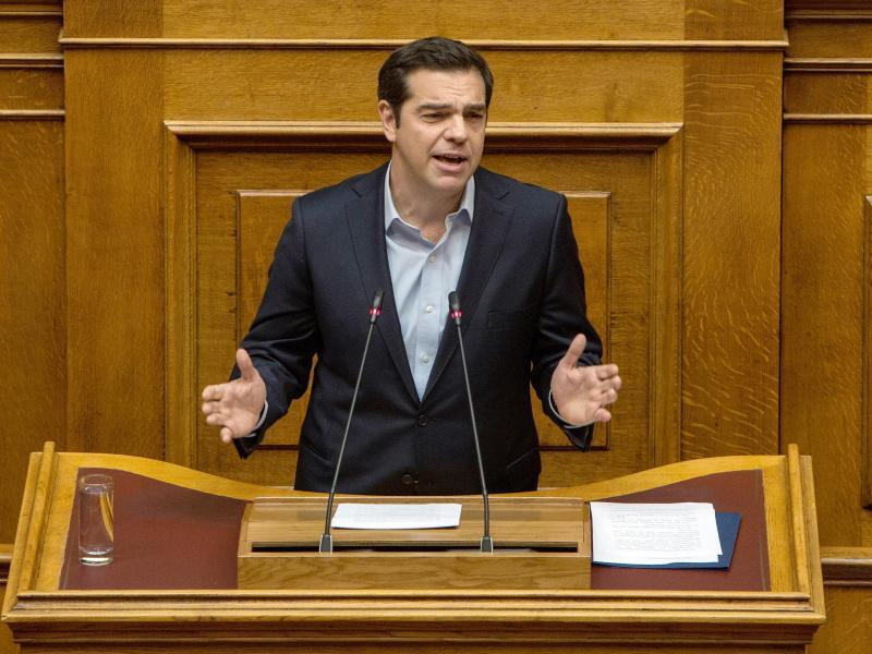 Bild zu Alexis Tsipras im Parlament