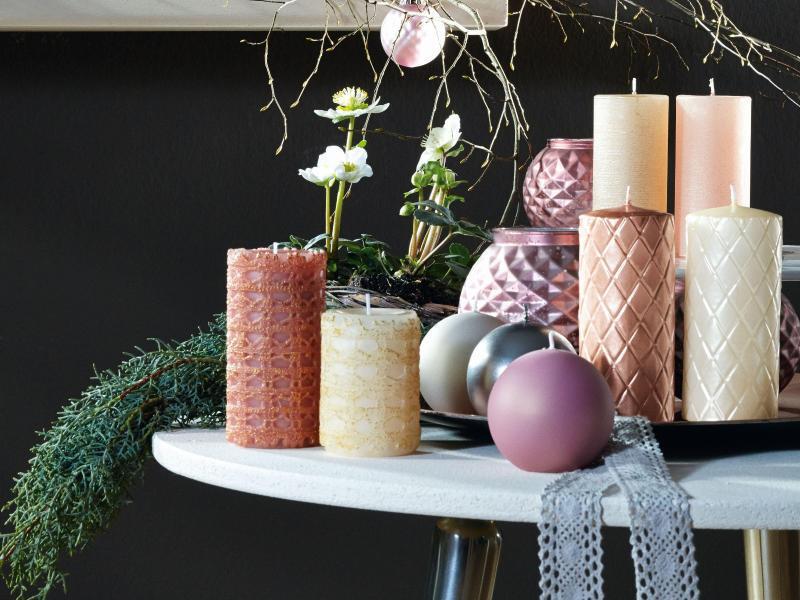 deko trends f r weihnachten eiszapfen schneeb lle und co web de. Black Bedroom Furniture Sets. Home Design Ideas