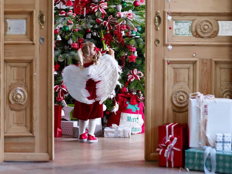 Deko trends f r weihnachten eiszapfen schneeb lle und co web de - Weihnachtsdeko 2017 trend ...