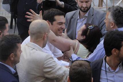 Tsipras mit Anhängern