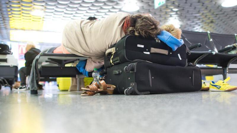Fluggäste müssen warten