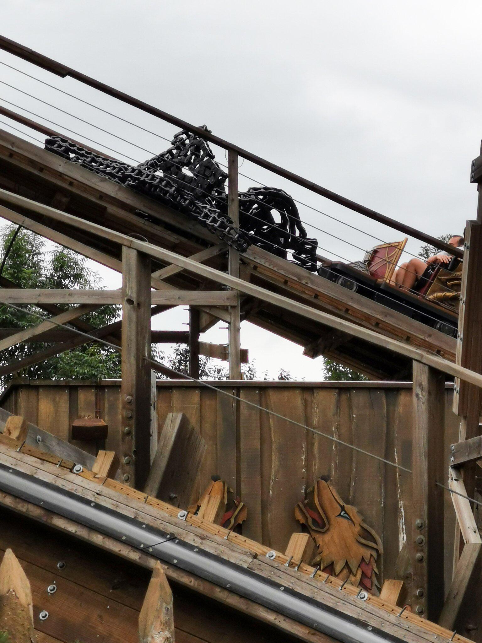 Bild zu Holzachterbahn Wodan