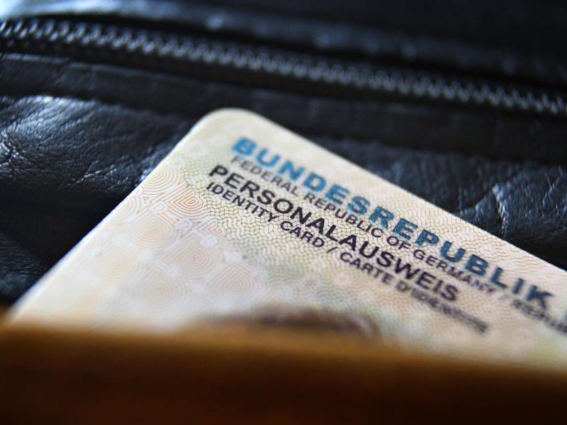 Bild zu Deutscher Personalausweis