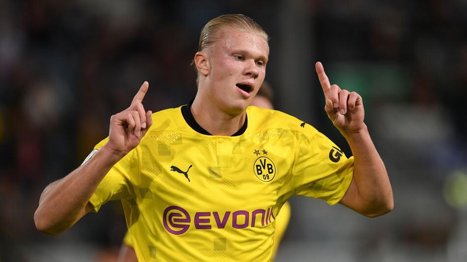 SV Wehen Wiesbaden - Borussia Dortmund