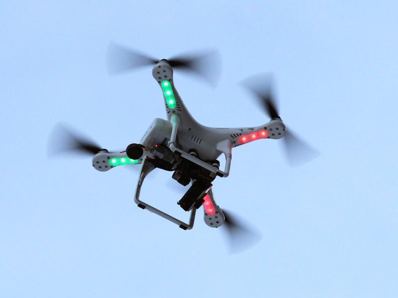 Bild zu Drohne mit Kamera