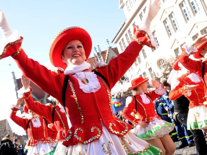Bild zu Karnevalsumzug Braunschweig