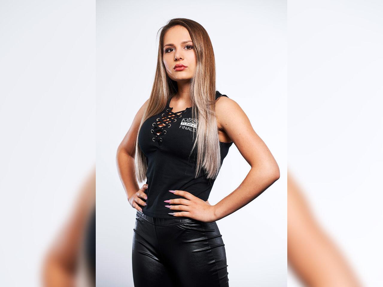 Bild zu Miss Tuning Finalistin Sabrina