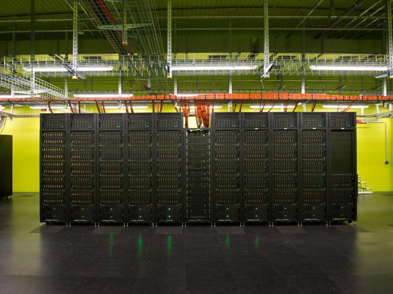 Bild zu Supercomputer der TU Dresden