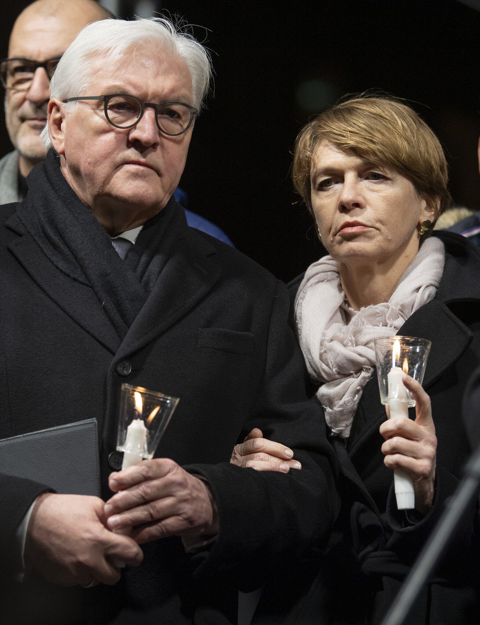 Bild zu Nach Schüssen in Hanau - Gedenken