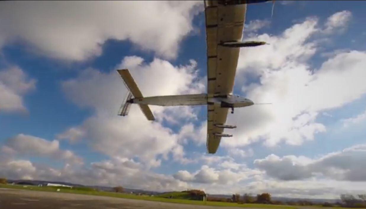 """Bild zu """"Solar Impulse 2"""" fliegt um die Welt"""